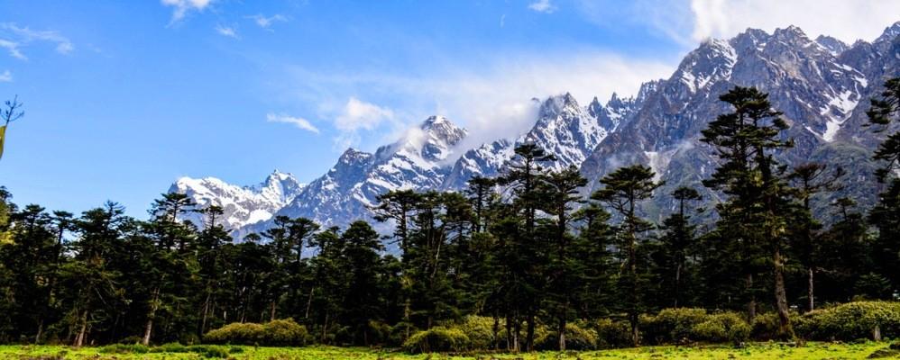 best season for trekking