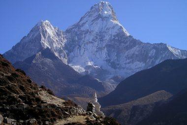 winter trekking in Nepal
